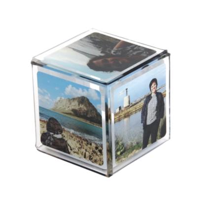 cubo-in-plexiglass-con-foto